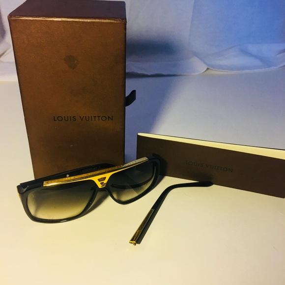 10d92f1432 Authentic Louis Vuitton sunglasses z0105sw